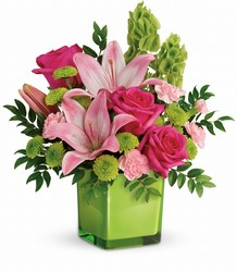 Teleflora's In Love With Lime Bouquet from Weidig's Floral in Chardon, OH